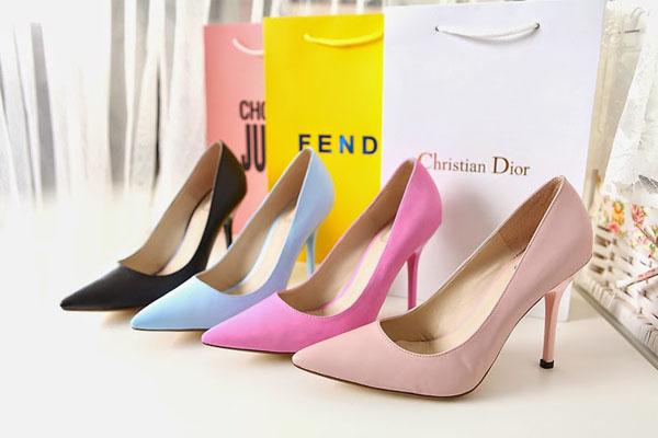 bán hàng giày dép online